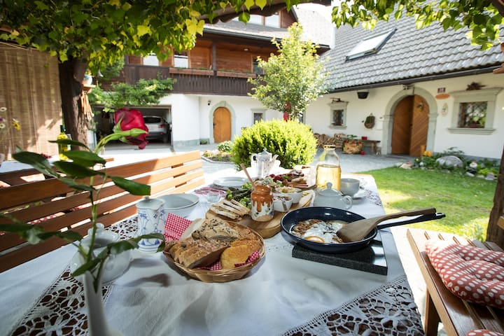 Katrnjek apartments & breakfast - Vrčica