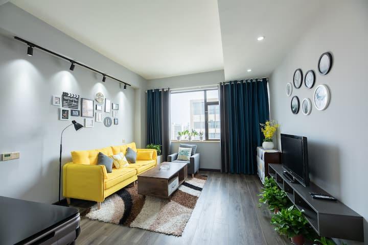 【云里居·肆】万达商圈盛特区公寓家庭式高端民宿