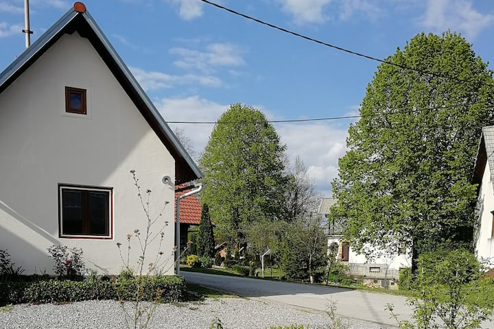 Apartment House Papa Near The Kolpa River