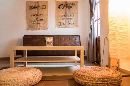 *RUSTIK* AUTHENTIC LOFT IN THE HEART OF ALBAICIN - Granada - Loft