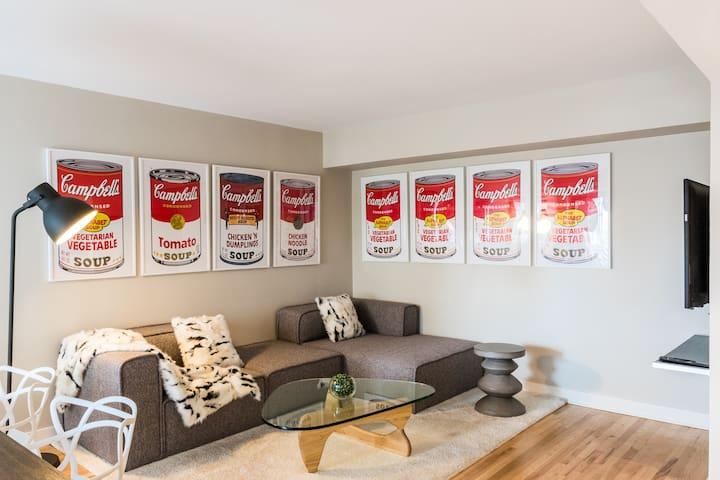 Lofty Apartment in City Centre | 99 Walk Score