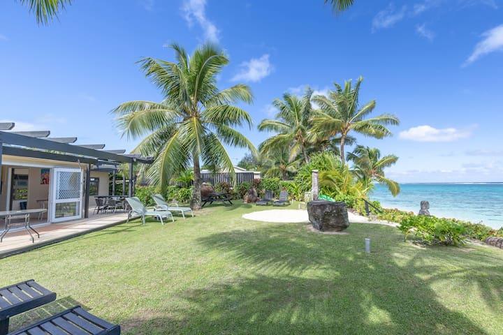 Absolute Beachfront Villa - beachfront bliss