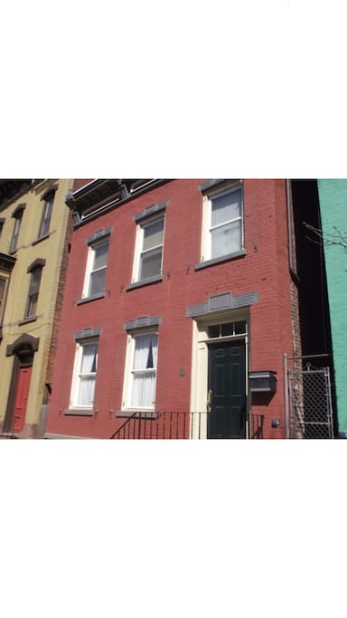 Awesome Room In The Heart Of Downtown Troy Apartments For Rent In Troy New York United States
