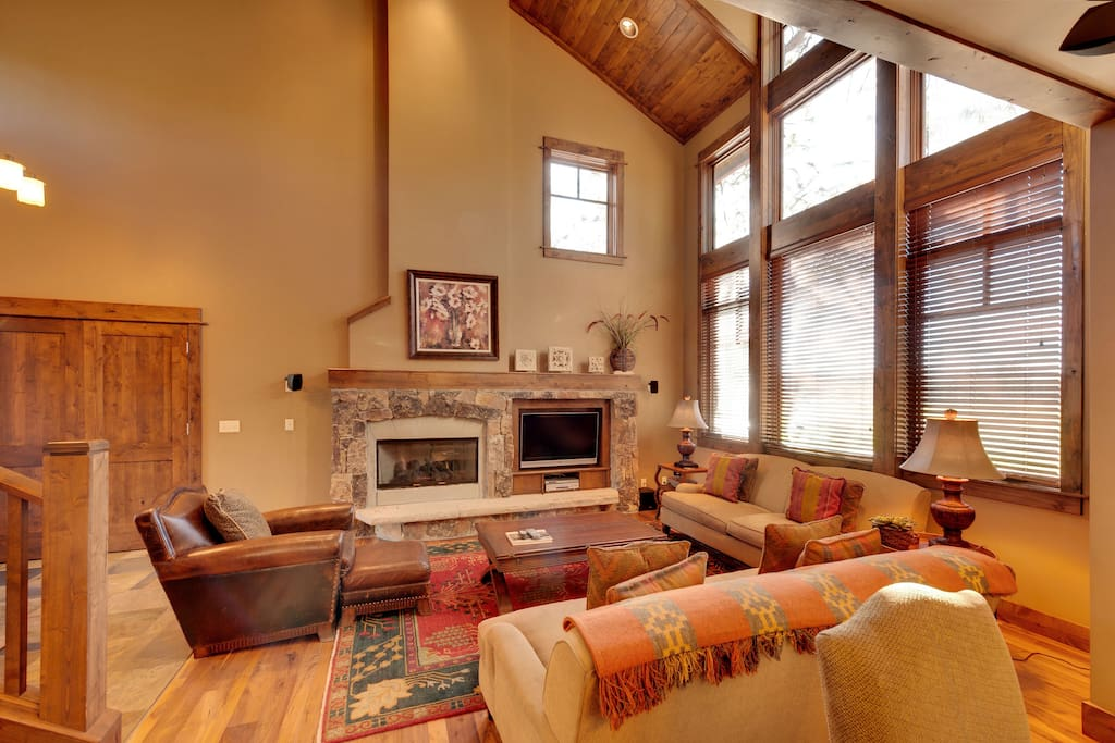 Great room with fire place & TV