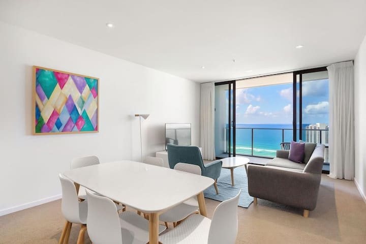 Beaches Broadbeach Private 2 Bedroom Ocean View