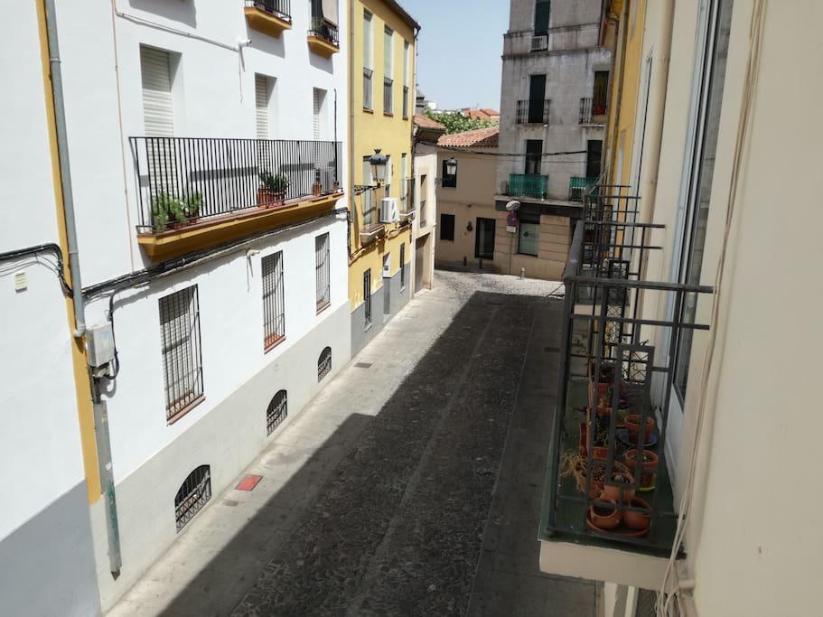 Vista balcón (se ven dos pasos  en Semana Santa)