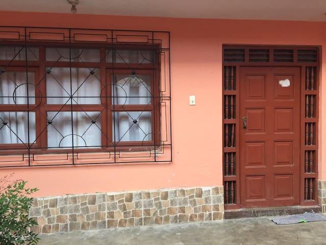 Casa Acogedora en Caraz / Friendly House in Caraz