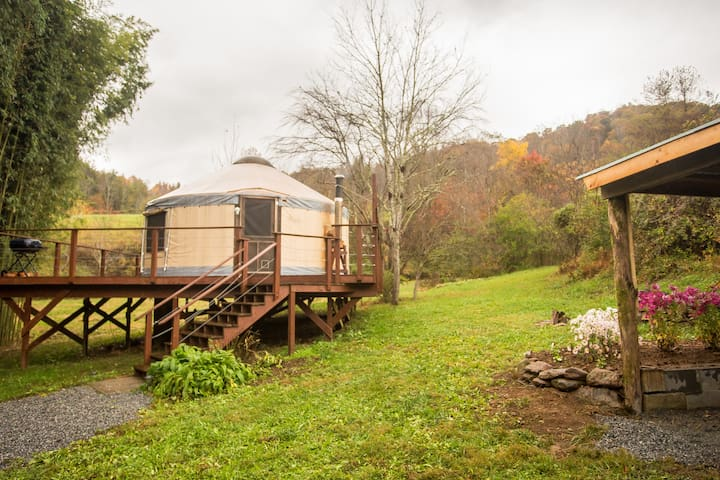 Charming Yurt on Country Farm - Marshall - Jurta