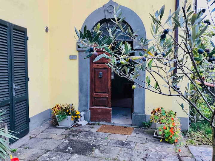 Villa Della Rocca - authentic Tuscan holiday home