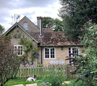 The Studio in the secluded hamlet of Heythrop