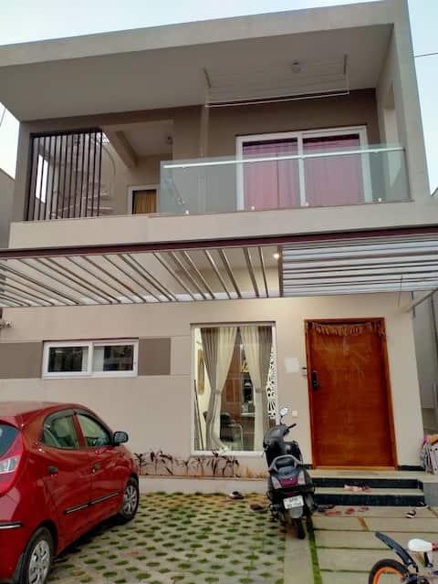 Duplex furnished villa near international airport