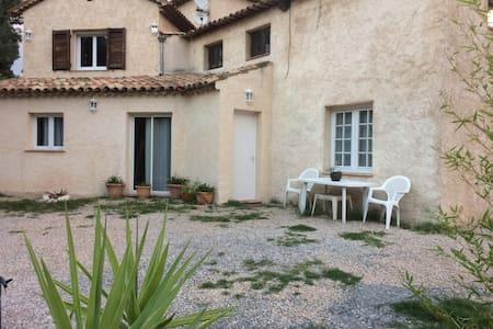 Apt 70 m² dans Villa avec jardin près de Cannes - La Roquette-sur-Siagne