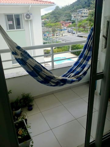 Individual bedroom with swimming pool and gym - Florianópolis - Departamento