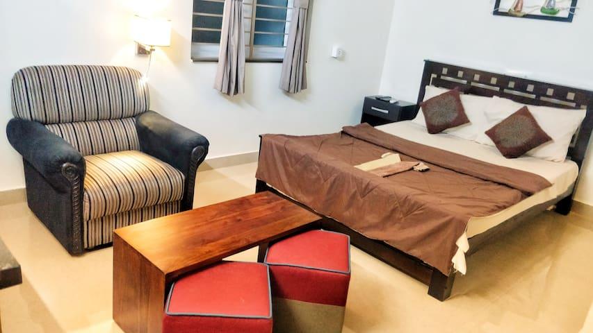 TAVAT - West Mambalam, T Nagar - Studio Apartment
