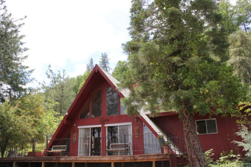 Owl Lodge - Your Mountain House Getaway