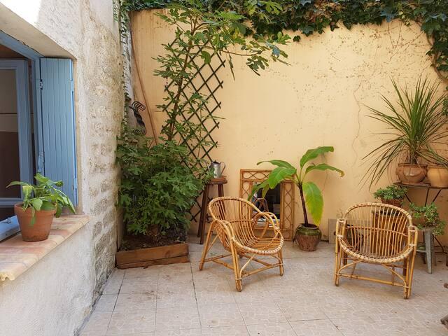 Loft, calm and verdure, city center - Montpellier - Loft