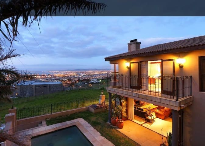 Secure Spacious Flatlet S.Entr & Stunning View
