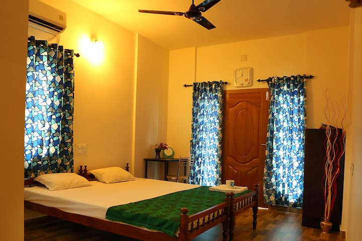 Standard  Deluxe Double Room A/c With Balcony