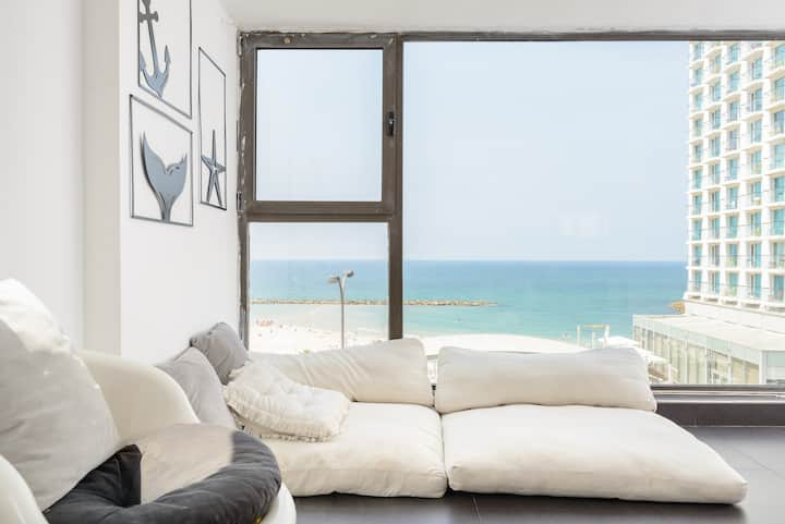 Gordon Beach AMAZING 2 Bedroom Sea View