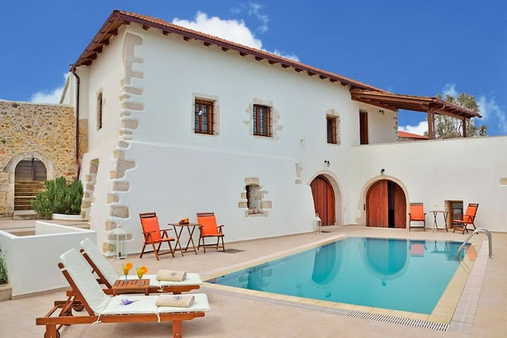 Private Pool,Next to All Amenities,Kefalas village - Kefalas - Vila