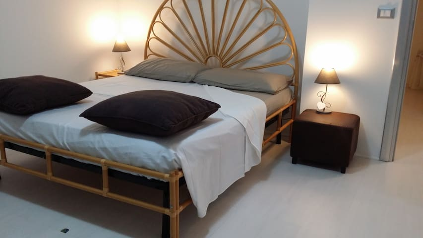 TRILOCALE MODERNO ONLY BEDS