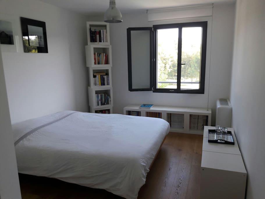 Chambre double (lit 160cm) à l'étage