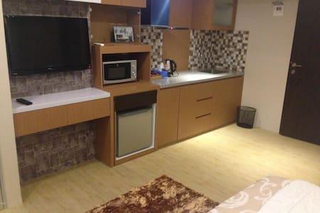 Apartment Margonda Residence - Daily Weekly - Beji