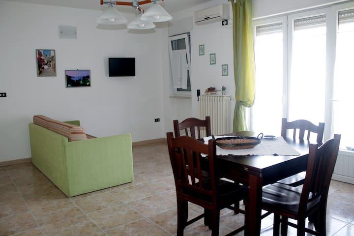 Otranto Centro 2°p 4post 100mt mare/centro storico