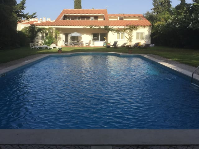 Vale do Lobo-Spacious Villa large pool great golf - Almancil - Ev