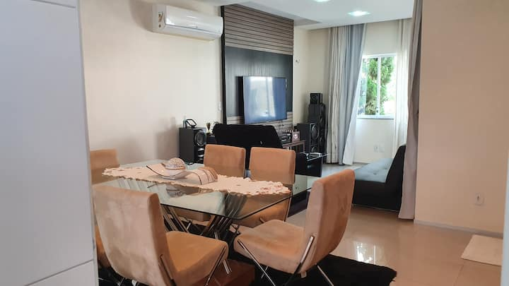 Comfy, Cosy and Safe Entire House in condo!