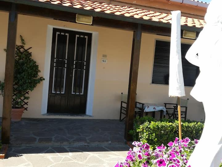Casa sul mare Lido di Camaiore.10 metri dal mare..