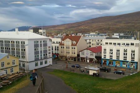 Downtown Akureyri - Akureyri - Lägenhet