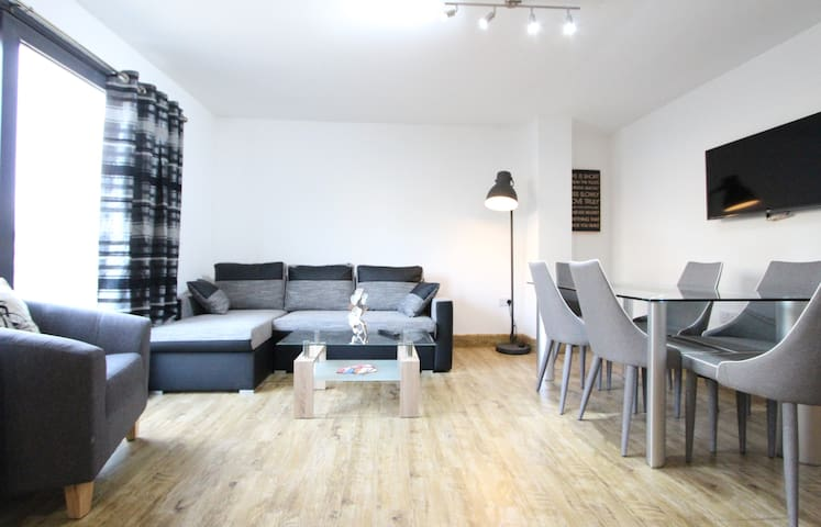 Stunning 2 bedroom- Edgware Road- Marble Arch