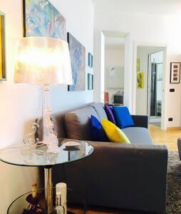 Accogliente Luminoso Centrale - Apartment