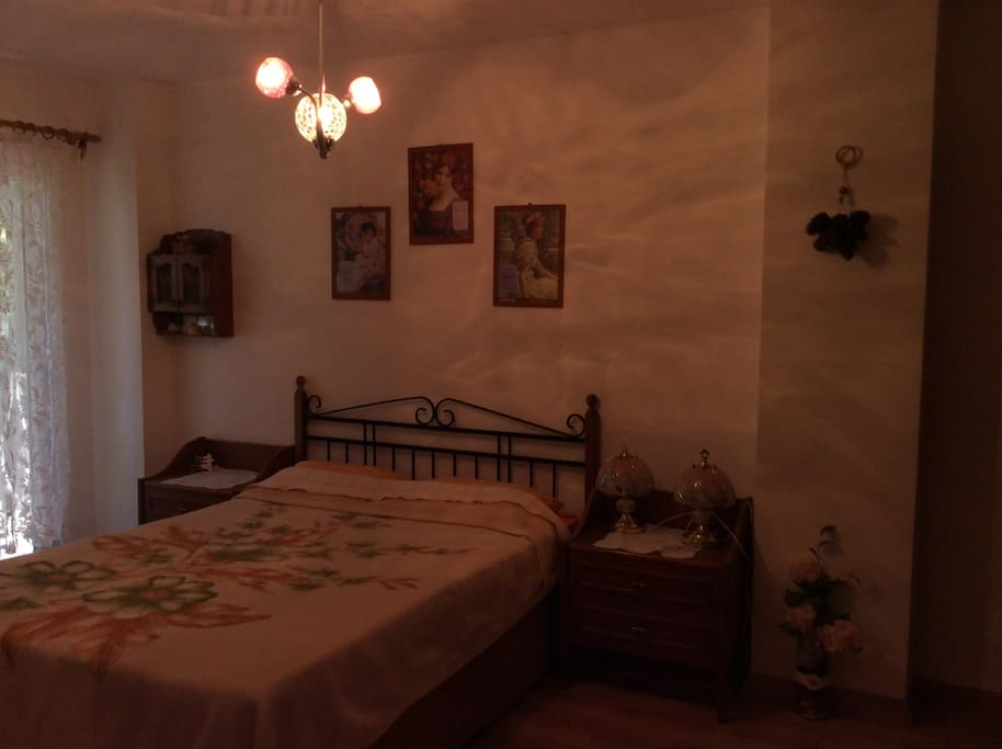 Sessiz ve rahat geniş yatak odası