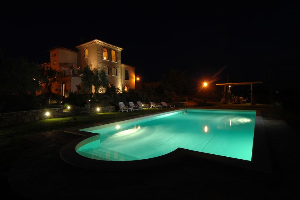 Holiday villa with private heated pool