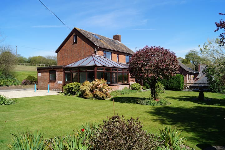Arniss Farm House - New Forest Holiday Let - Godshill - Huis