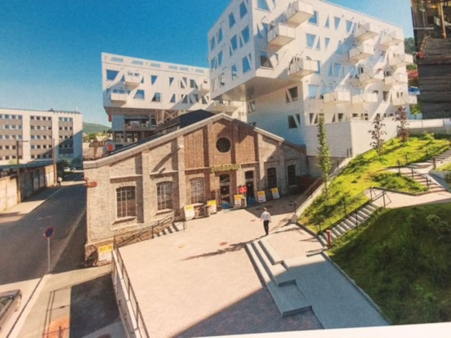 Award winning architecture in walking distance to City Center
