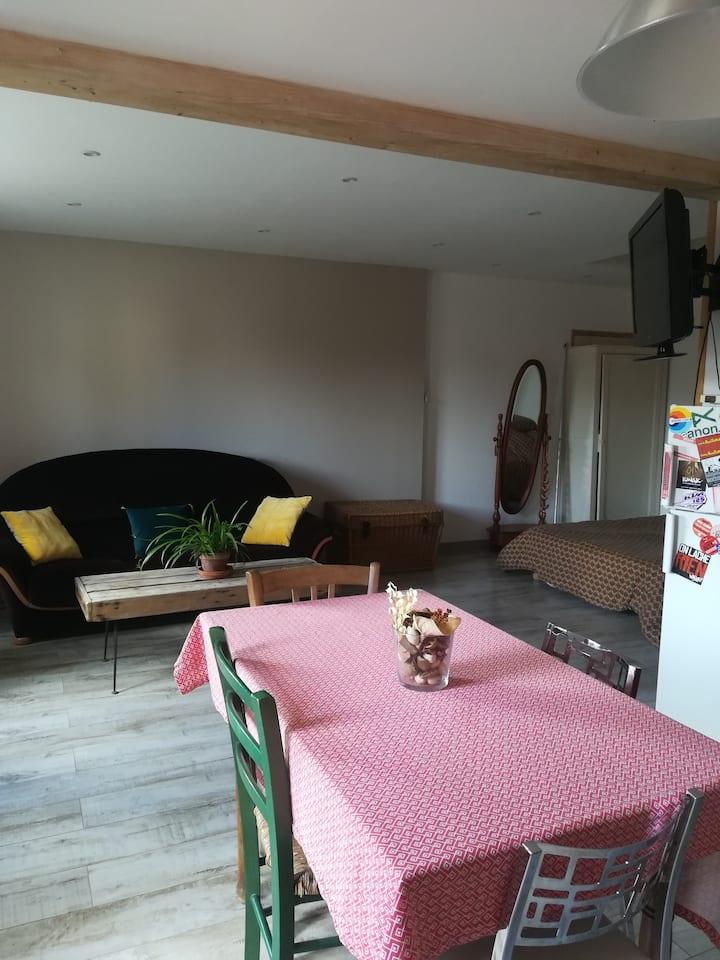 Studio proche de la Charente.