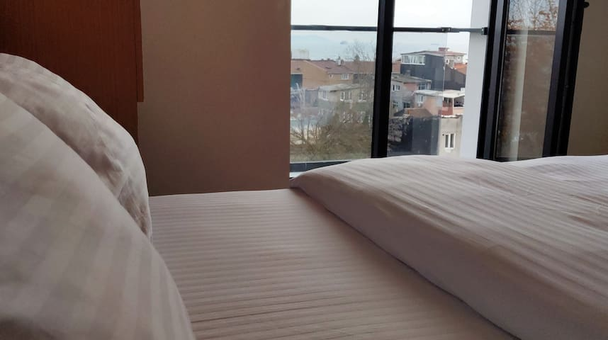 Seaview double room + No service fee