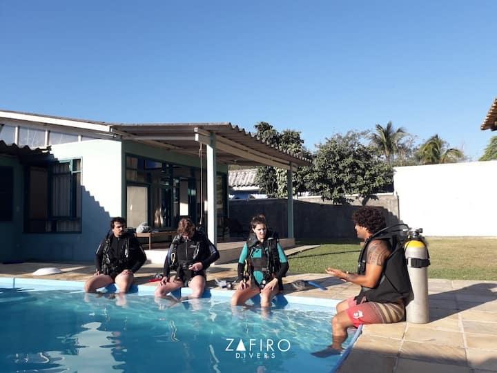 Casa Zafiro  Tranquila com piscina e churrasqueira