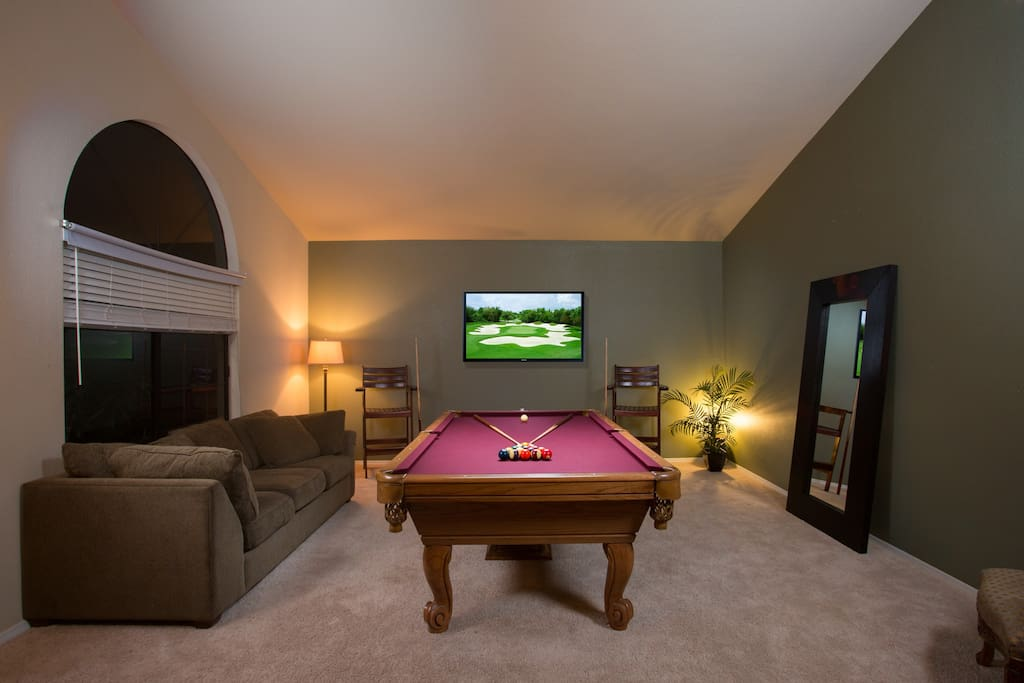 Game room, has option ping pong table