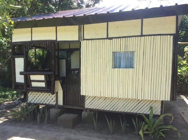 Hidaway Hostel ( nipa hut )