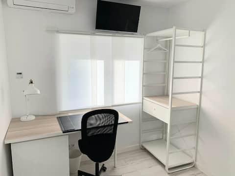 Habitación N1 privada en piso compartido