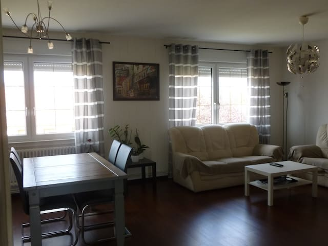 Appartement 110m2 // 3 chambres (MECLEUVES 57245)