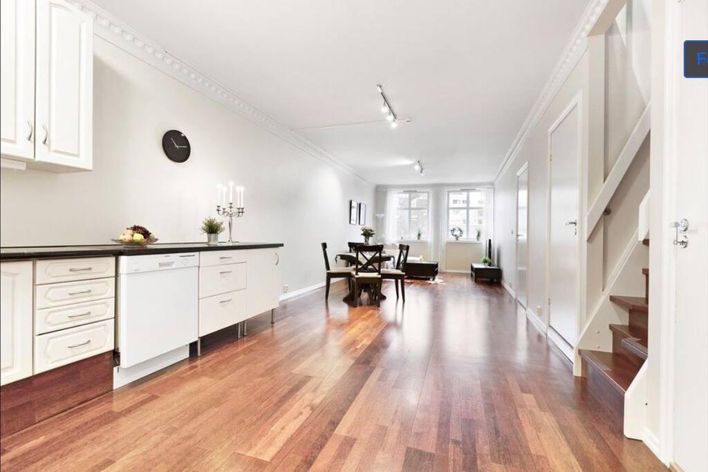 The kichen and livingroom