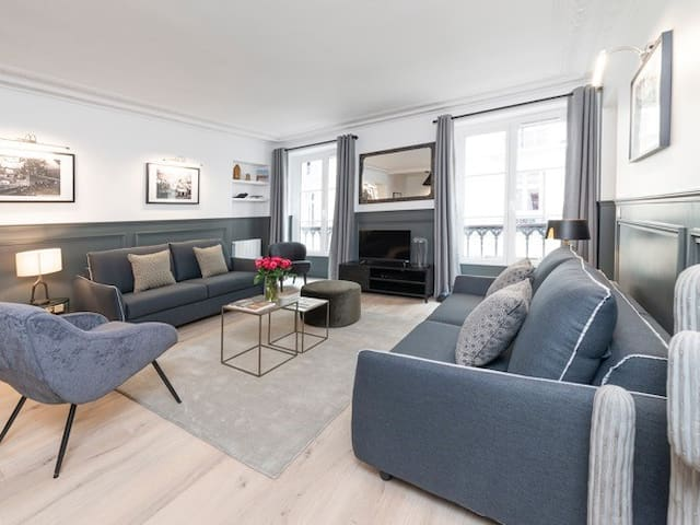 NEW! The Residence Luxury 3 Bedrooms Le Louvre II