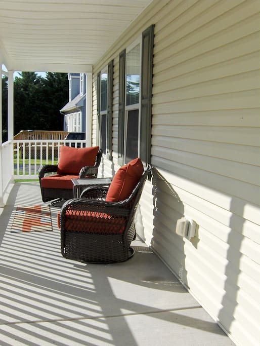 Sunny front porch!