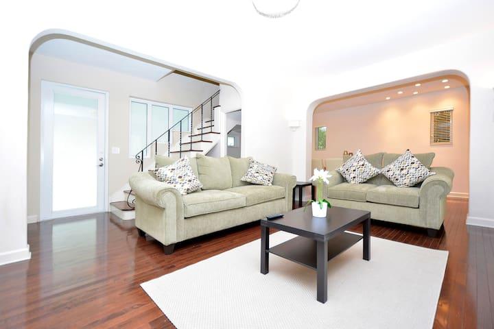 Beautiful Villa Divina - Miami Beach - House