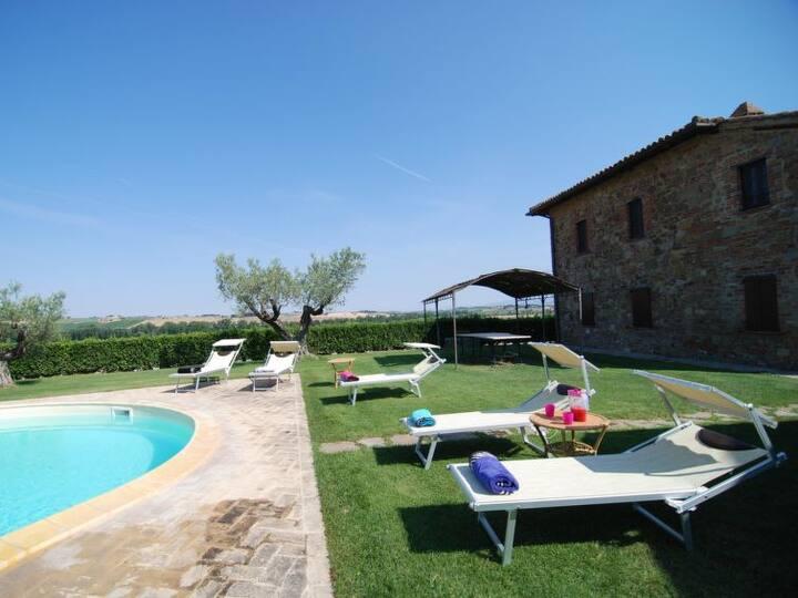 Villa Casaglia in esclusiva